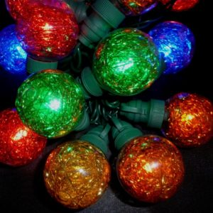 Multi-colored globe LED light string with tinsel