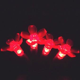 Red flower-shaped LED string light